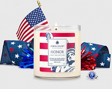 LUXE Honor Candle