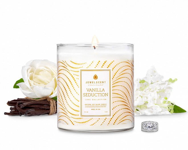 LUXE Vanilla Seduction Candle