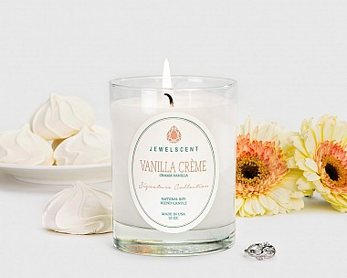 Signature Vanilla Creme Candle