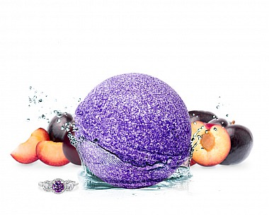 Punchy Plum Jewelry Bath Bomb