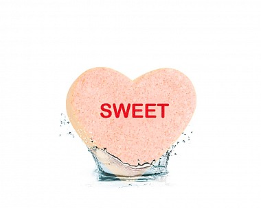 Essentials Sweet Heart Bath Bomb