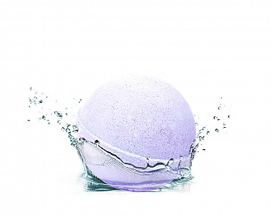 Essentials Early Morning Lilac Bath Bomb