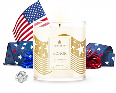 LUXE Honor Jewelry Candle