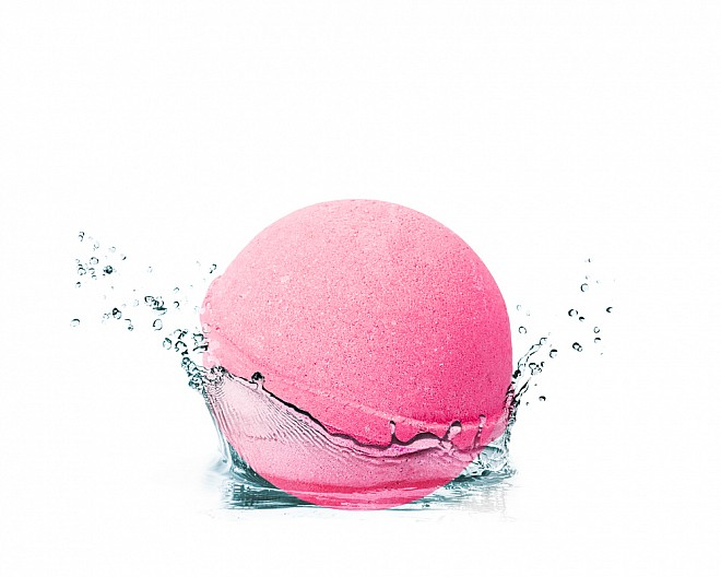 Essentials I Dream of Jasmine Bath Bomb