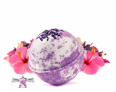 Berry Hibiscus Jewelry Bath Bomb