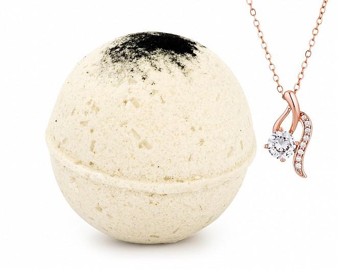 Ginger Black Tea Jewelry Necklace Bath Bomb