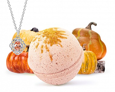 Pumpkin Patch Necklace Bath Bomb