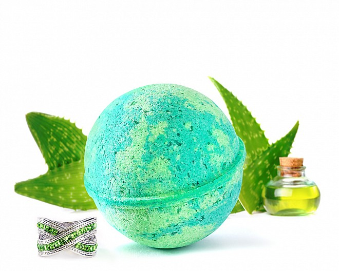 Soothe Jewelry Bath Bomb