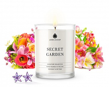 Signature Secret Garden Jewelry Candle
