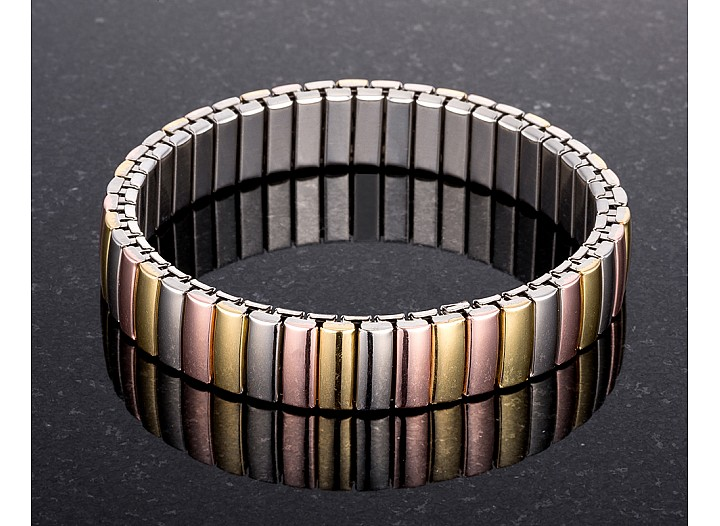 Stella Tri-Tone Stainless Steel Stretch Bracelet