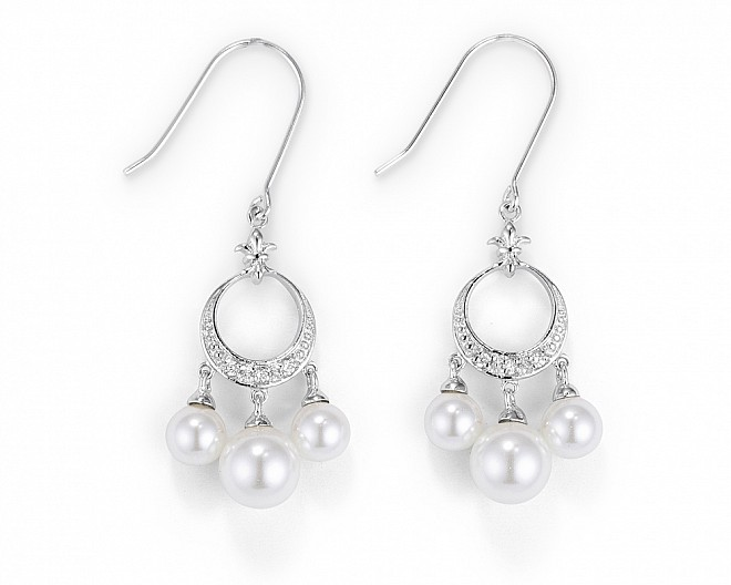 Nadia Pearl Hook Earrings