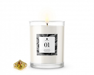 [Vault] Signature Jewelry Candle No. 1